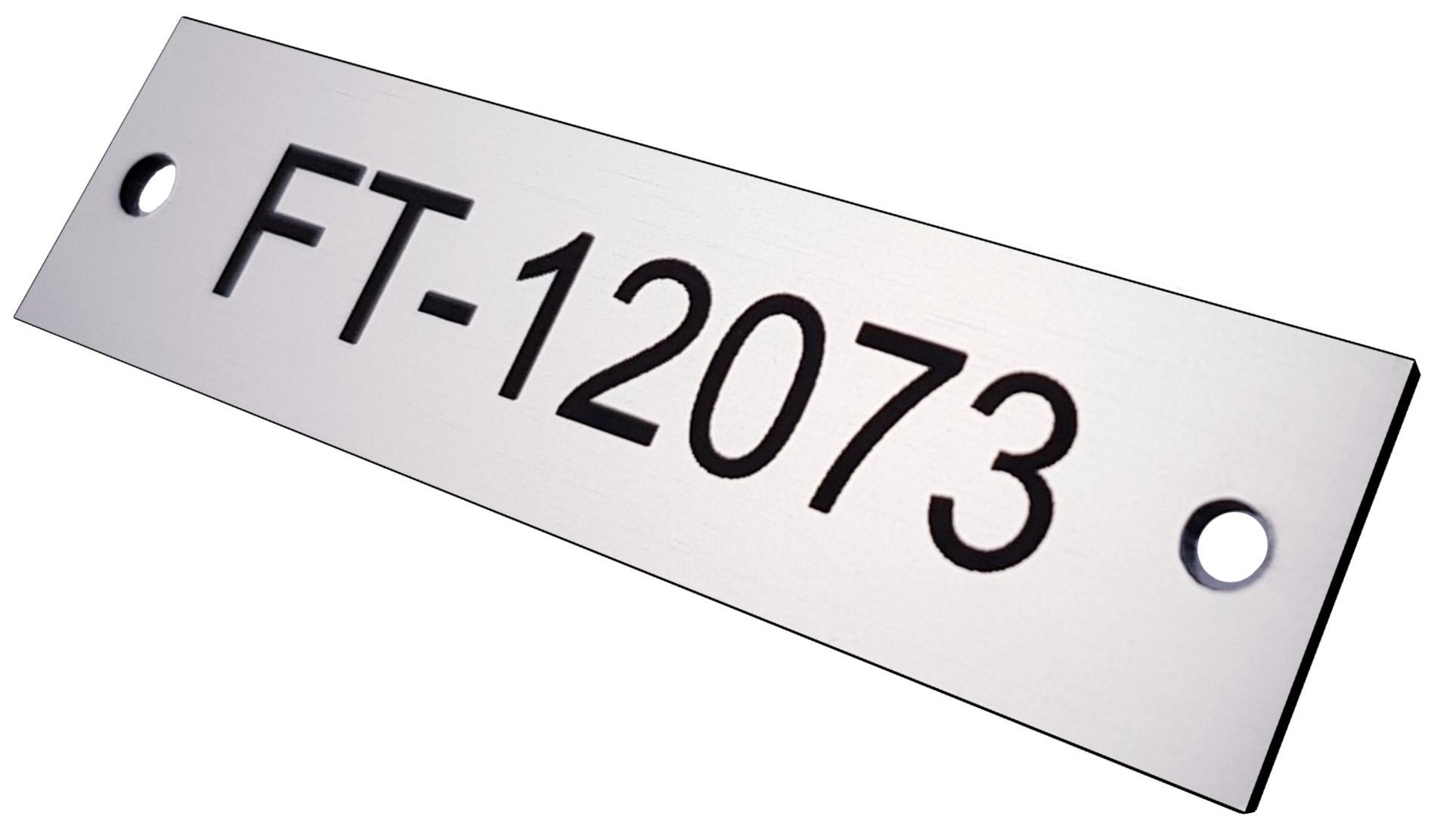 Tabliczka opisowa z numerem